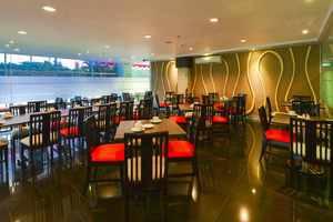 D' Hotel Jakarta - D Restaurant