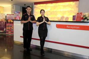 D' Hotel Jakarta - Reception