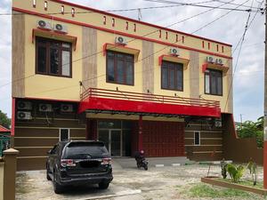 RedDoorz near RS Adam Malik Medan 2