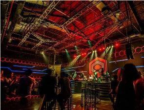 Claro Hotel Kendari - Liquid night club