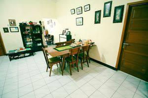 ZenRooms RSHS Syariah Bandung - Ruang makan