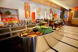 Hotel HARRIS Kelapa Gading - HARRIS Breakfast