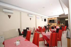 Ranez Inn Tegal - Restoran