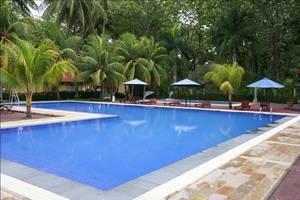 Sanghyang Indah Spa resort Banten - Kolam Renang