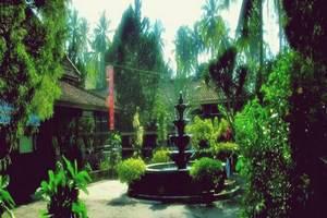 Minak Jinggo Hotel Banyuwangi - Tampilan Luar Hotel
