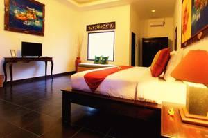 Ubud Raya Hotel Bali - Kamar tamu dengan tempat tidur double