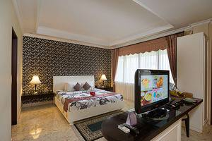 Royal Orchids Garden Hotel Malang - Kamar Executive