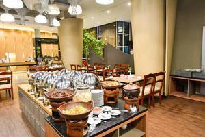 Hotel Horison Pekalongan - Dining room