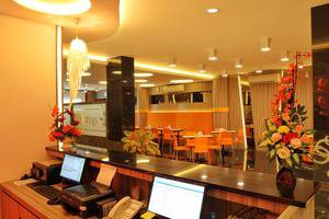 Deivan Hotel Padang - Reception