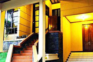 De Orange Pasteur Guest House by HouseInBandung