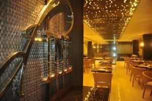 Solaris Hotel Bali - D'Pine Restaurant Solaris Hotel