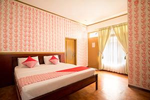 OYO 211 Seruni Residence