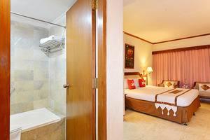 ZEN Rooms Jogja Cendrawasih Yogyakarta - Kamar mandi
