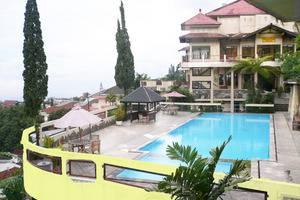 Foresta Inn Tretes - Kolam Renang