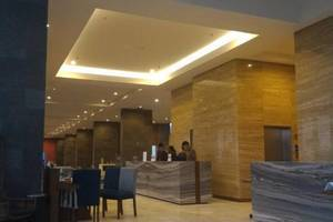 The Forest Hotel Bogor - Resepsionis