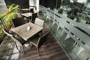Hotel Harmoni Tasikmalaya - Teras