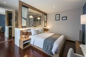 Yan's House Hotel Kuta - Premier - Eclectic Living
