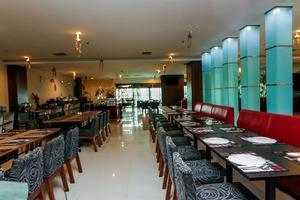 NIDA Rooms Gedung Plaza Central Pekanbaru - Restoran