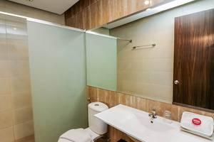 NIDA Rooms Gedung Plaza Central Pekanbaru - Kamar mandi