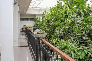 NIDA Rooms Halimun 12 Lenkong - Pemandangan Area