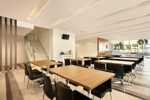 Amaris Hotel Padang - Restaurant