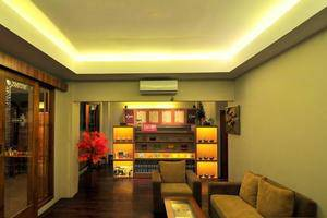 Cantya Hotel Yogyakarta - Lobi