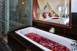 Nirwana Resort Bali - Kamar Deluxe, Kamar mandi