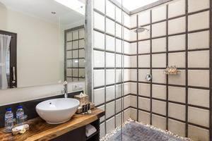 RedDoorz Villa @ Mertasari Sanur Bali - Kamar mandi