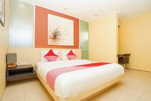 OYO 216 Elinoki Guest House Near RS Brawijaya Kota Surabaya