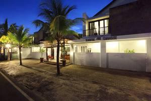 Seminyak Town House Bali - Masuk