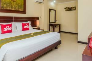 ZEN Premium Raya Legian Bali - Tempat Tidur Double