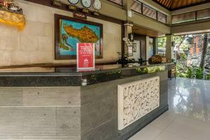 ZEN Premium Raya Legian Bali - Resepsionis