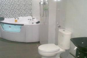 eBizz Hotel Jember - Kamar mandi
