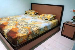 Yani Homestay Padang - Kamar