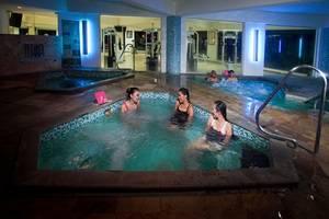 Klub Bunga Butik Resort Batu - Jacuzzi