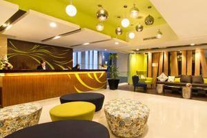 Core Hotel Bonnet Surabaya - Lobi