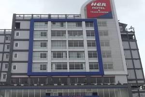 Her Hotel & Trade Center Balikpapan - Eksterior