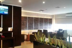 Her Hotel & Trade Center Balikpapan - Lobby / Ruang Santai
