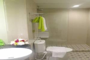 MaxOneHotels Glodok - Bathroom (Warmth)