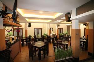 NIDA Rooms Airport Taman Siring Banjarbaru Banjarbaru - Restoran