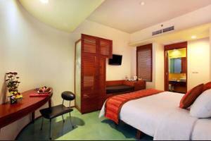 Mercure Kuta Bali - Hotel Front