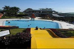 The Highland Park Resort Bogor - Outdoor Pool