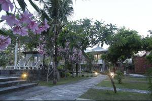Alit Beach Resort and Villas Bali - Property Grounds