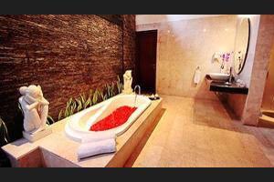 The Amasya Villas Bali - Deep Soaking Bathtub