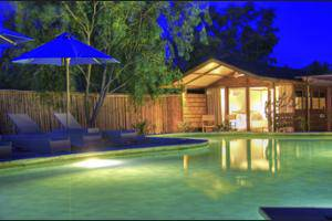 Gili Teak Resort Lombok - Property Grounds
