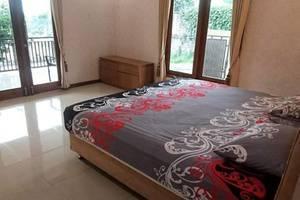 Villa Bumi Lembang Bandung - Room