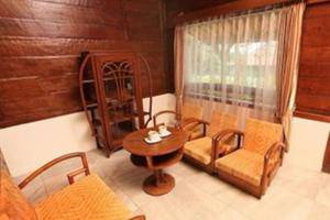 Dulang Resort and Resto Bandung - Family Room