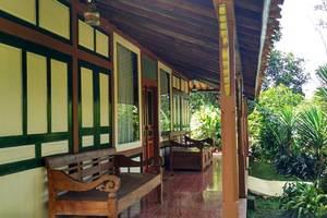 Dulang Resort and Resto Bandung - Honje Cottage