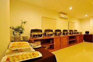 Pratama Hotel and Convention Lombok - Ruang makan