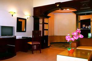Hotel Vanda Gardenia Trawas - Family Room's Living Room